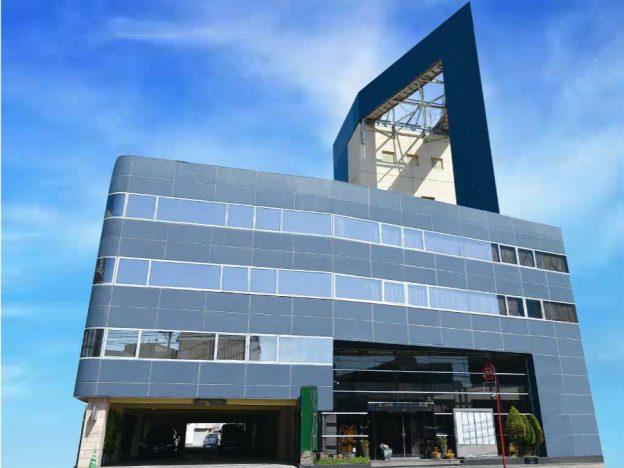 福岡市中央区葬儀ホール外観